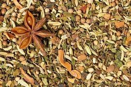 Infusion digestion : bienfaits des épices asiatiques