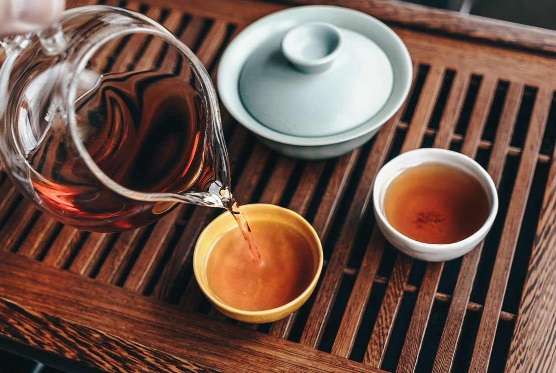 Le service à thé : un art très différent selon les pays